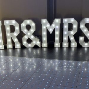 Giant LED Mr and Mrs Love Letters Hire