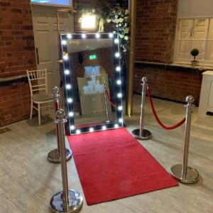 selfie-photo-booth-hire-in-Leicester-from-Big-Bash-Events